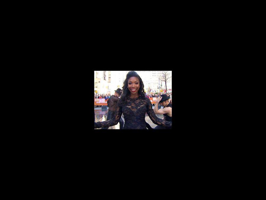 VS - Brandy - Chicago - Today Show - 4/15